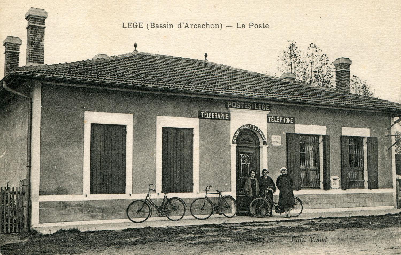 Läge - La Nouvelle Poste (coll Luc Dupuyoo)