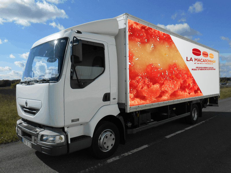 camion macaron rouge